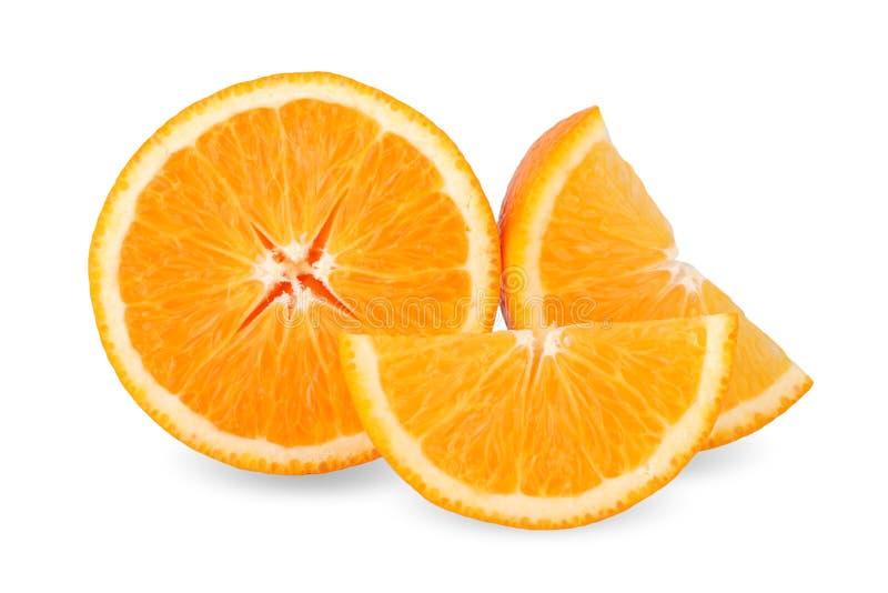 Tranche d'orange fraîche d'isolement sur le fond blanc images stock