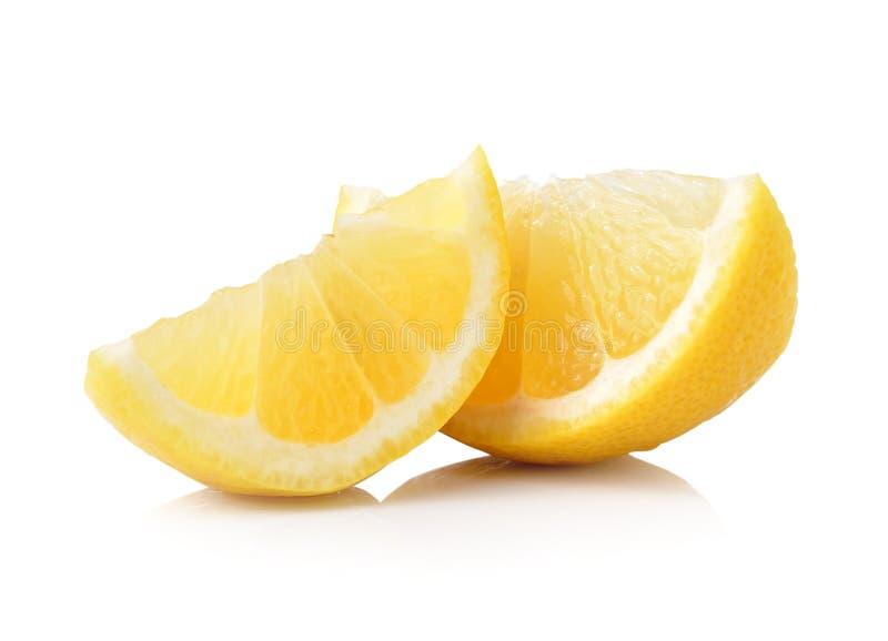 Tranche de fruit de citron d'isolement sur le fond blanc photographie stock
