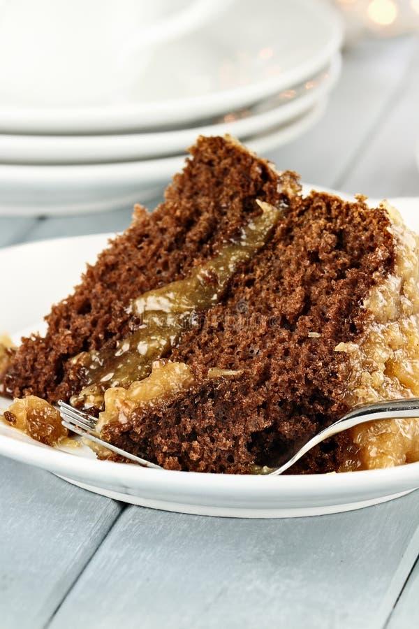 Tranche de gâteau de chocolat allemand images libres de droits