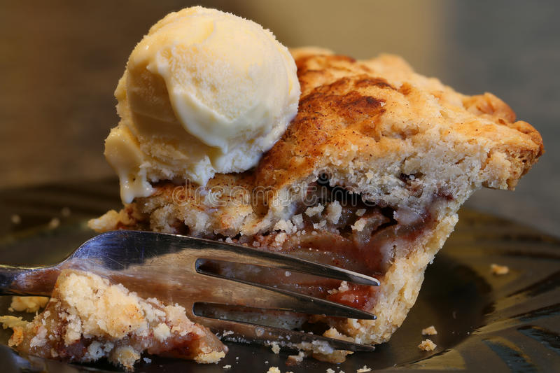 Tranche de tarte aux pommes photo libre de droits