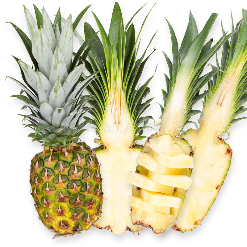 Tranches d'ananas frais, d'isolement sur le fond blanc photo stock