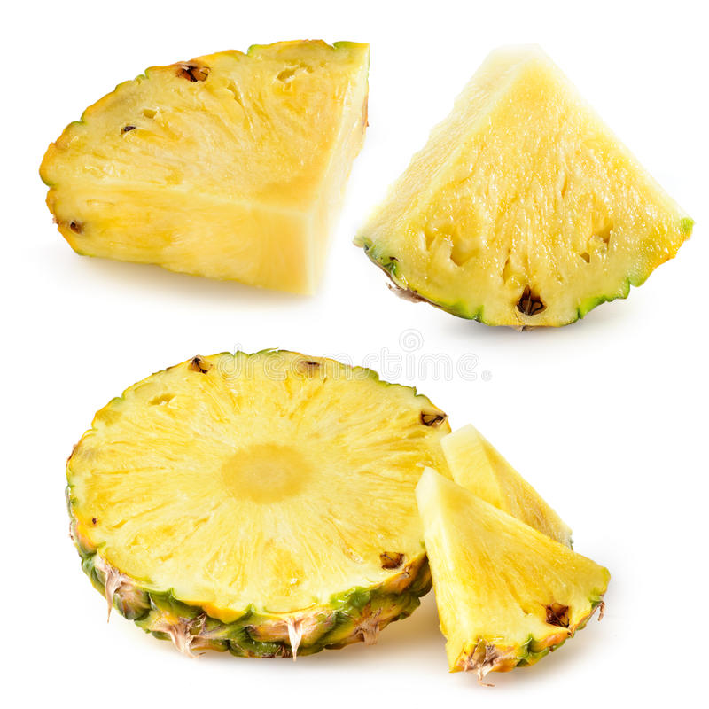 Tranches d'ananas fruit frais d'isolement sur le fond blanc photo stock