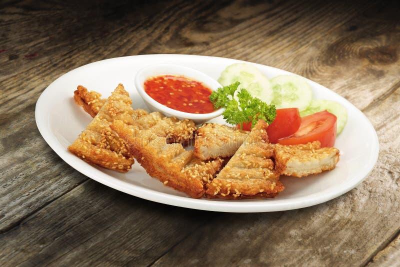Tranches de pain grillé de crevette rose images libres de droits