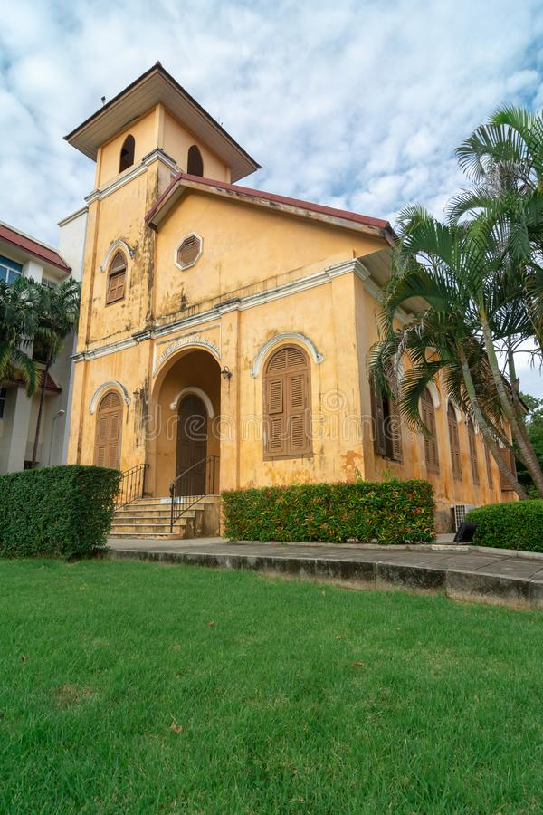 TRANG,泰国- 2018年6月6日:关闭历史的基督教会大厦年龄100岁在Trang区,董里泰报 免版税库存图片