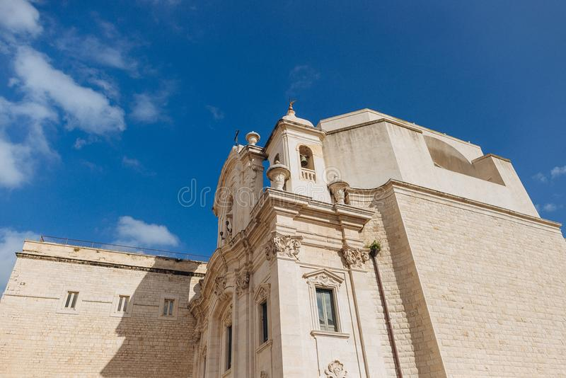 Trani, Apulia Italia fotografía de archivo libre de regalías