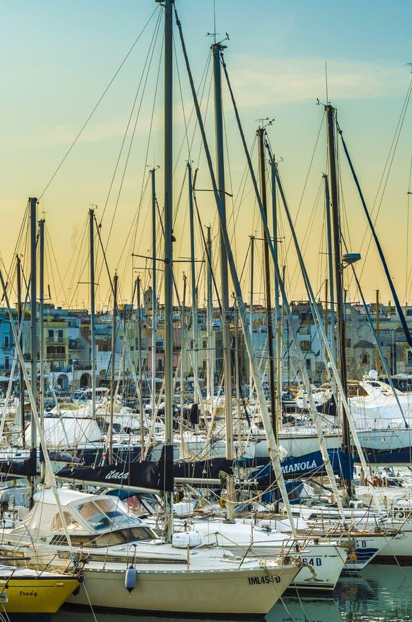Trani, puerto