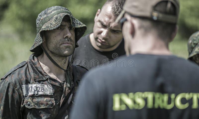 Traning Militärprogramm der Auslese-Herausforderung stockfotografie