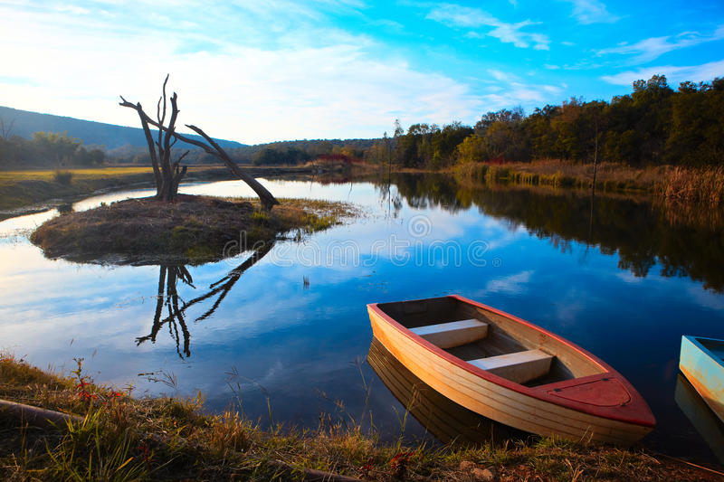 Tranquil Fishing Boat Royalty Free Stock Photos