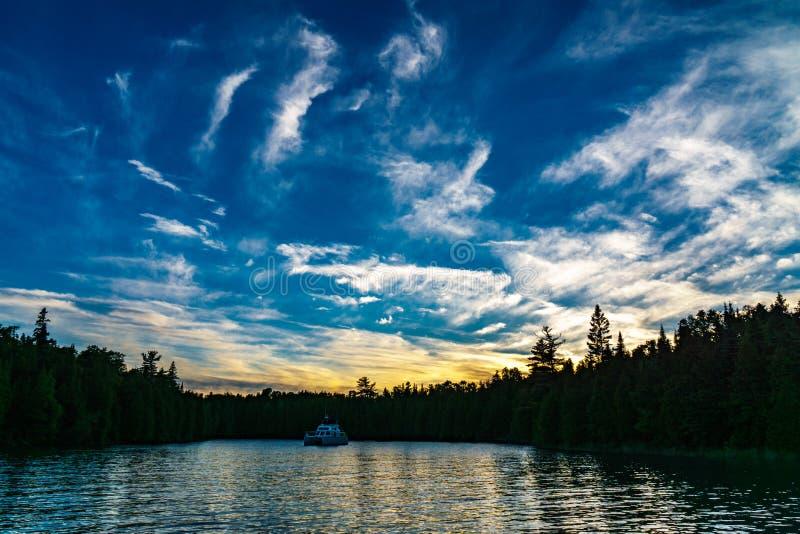 Tranquil Lake Free Public Domain Cc0 Image