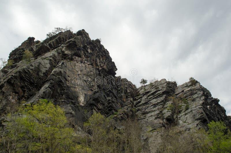 Transbordador negro del harper de la montaña imagenes de archivo