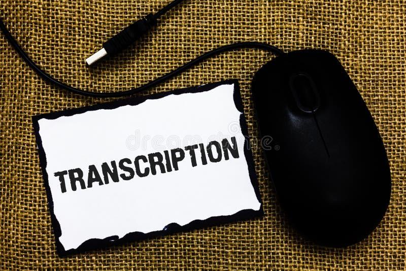 Transcrição do texto da escrita O processo escrito ou impresso do significado do conceito de transcrição exprime a arte BO do rat fotos de stock royalty free