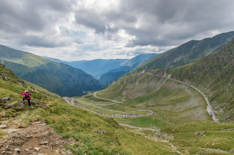 Transfagarasan alpiene weg in Roemenië stock foto
