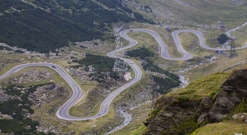 Transfagarasan bergväg, rumänska Carpathians, Ttransylvani arkivbilder