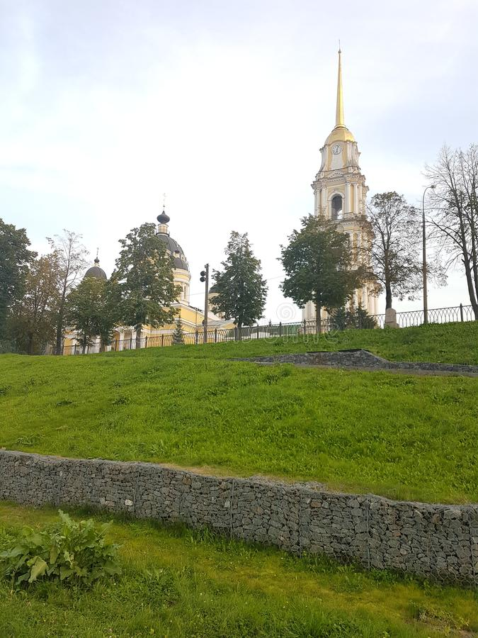 Transfiguraci katedra na pogodnym Lipa ranku Rybinsk, Rosja fotografia stock