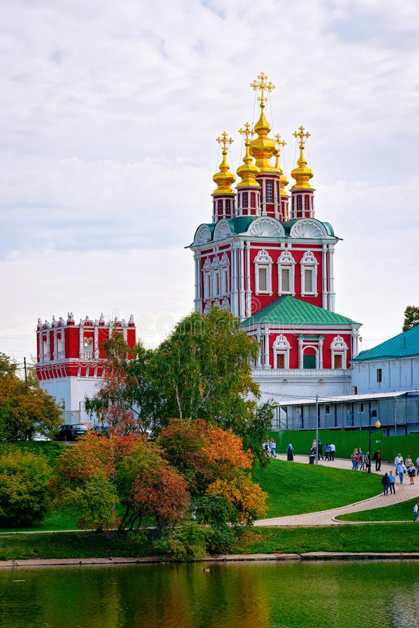 Transfiguracja kościół Novodevichy klasztor Moskwa w Rosja obrazy stock