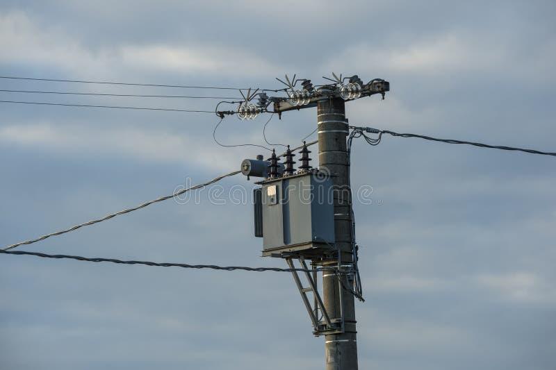 Transformador da eletricidade, capacitor, tensão alta foto de stock royalty free