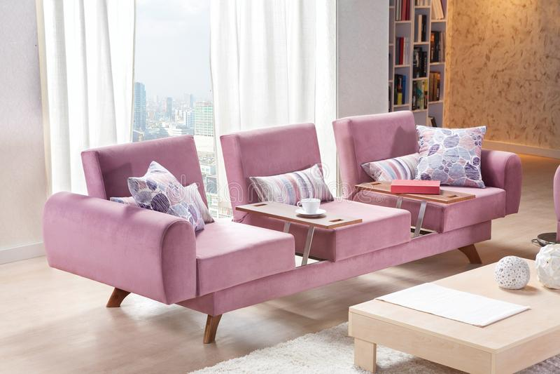 Transformateur moderne de sofa de style pour la maison images stock