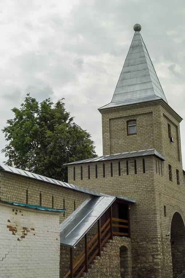 Transformez le monastère de St George dans la ville de la région de Meshchovsk Kaluga de la Russie photo stock