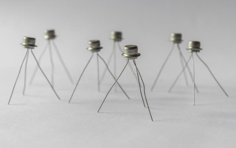 Transistorställning på ben arkivbild