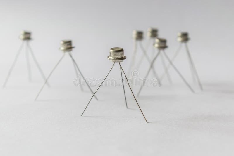 Transistorstand auf Beinen stockfotografie