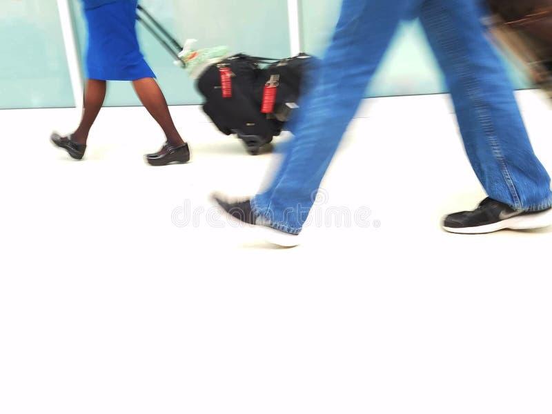 Transit d'aéroport - mouvement de tache floue image stock
