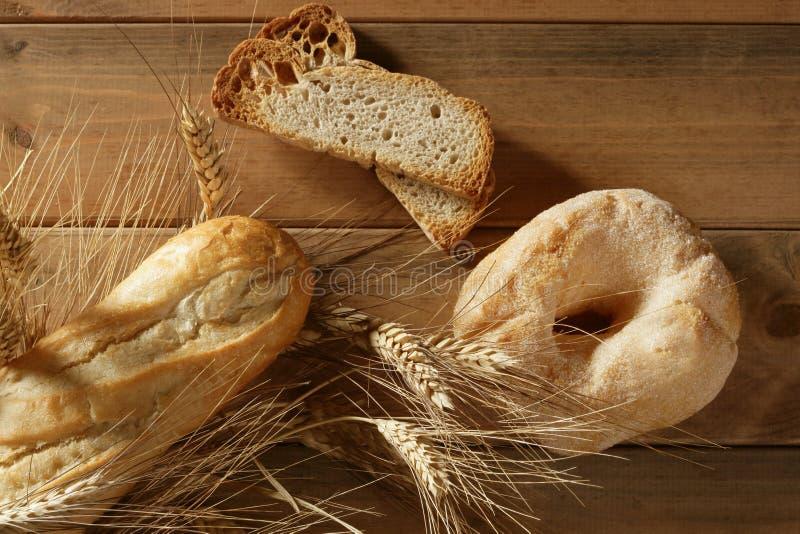 Transitoires délicieuses de sucre et de blé de boulangerie de roulis images libres de droits