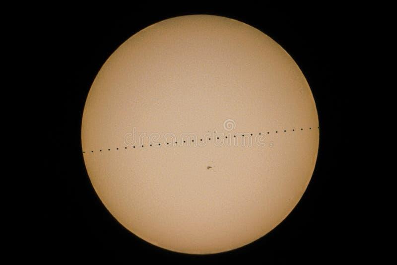 Transits de mercure, transit de mercure devant le soleil images stock