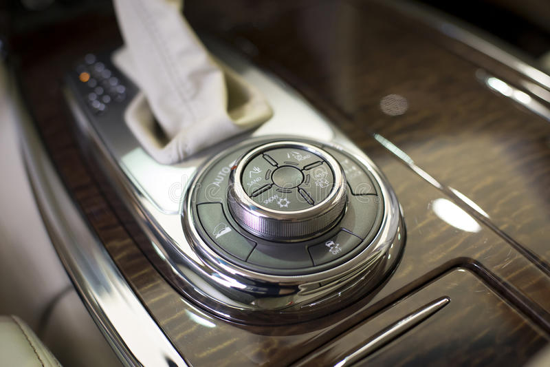 Transmisión automática del coche imagen de archivo