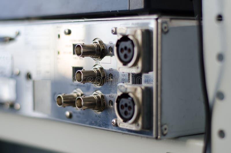 Transmisor FM de los conectores del panel trasero imagen de archivo