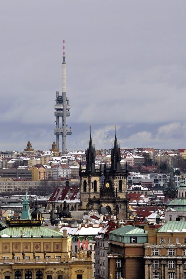 Transmissor da tevê em Praga imagens de stock royalty free