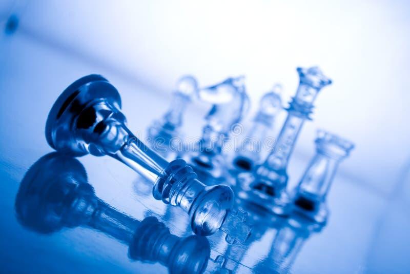 Transparant blauw schaak stock afbeelding