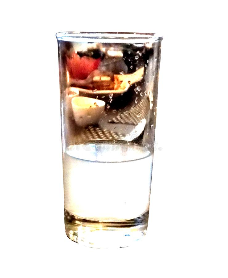 Transparante glasspiegel met kleurrijk effect stock illustratie