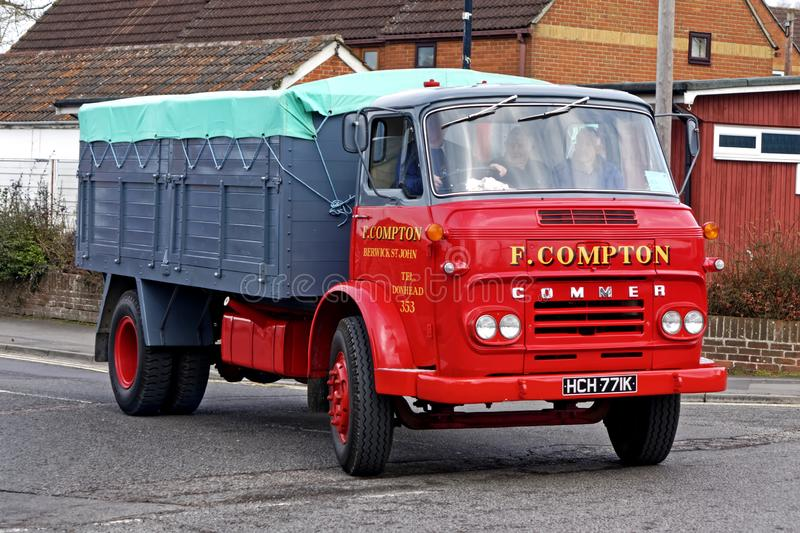 Transport commercial dans la conservation Spring Road Run, Warminster, Wiltshire, Royaume-Uni, 3 avril 2016 photos stock