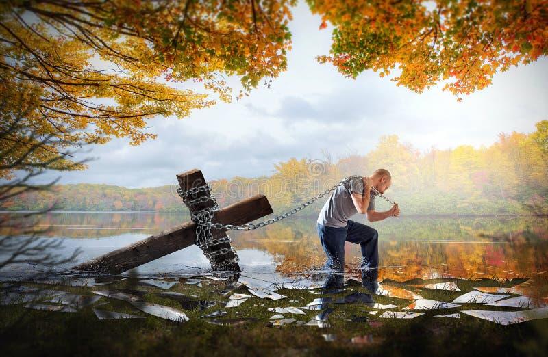 Transport de la croix sur un lac photographie stock libre de droits
