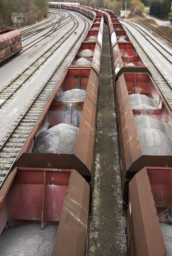 Transport minéral de sable par chemin de fer photo libre de droits