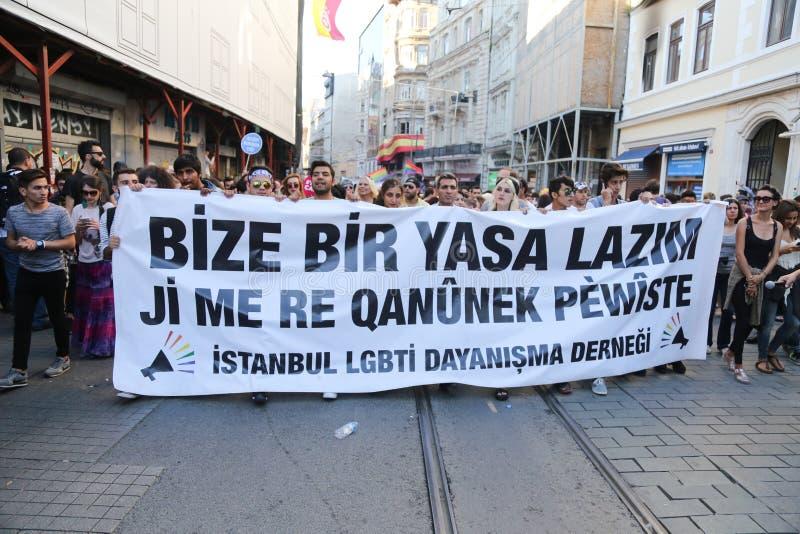 Download Transport Pride Istanbul 2015 Photo stock éditorial - Image du marche, liberté: 56476528