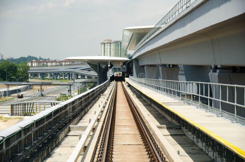 Transport-Stationsarchitektur der neuen Generation stockfotos