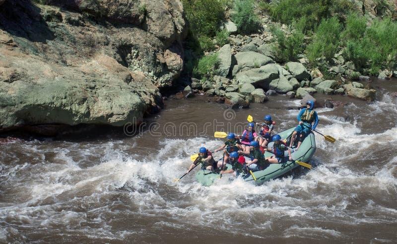 Transportar de whitewater de Arkansas River no desfiladeiro real imagem de stock royalty free