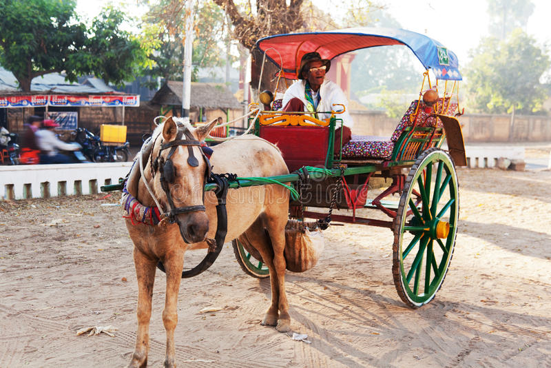 Transporte em Bagan, Myanmar fotos de stock