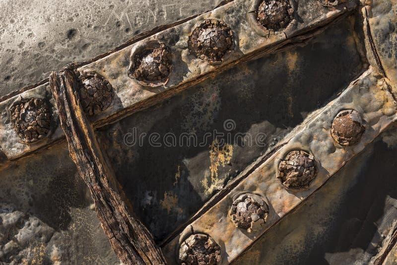 Transporte oxidado velho do canhão do detalhe imagem de stock
