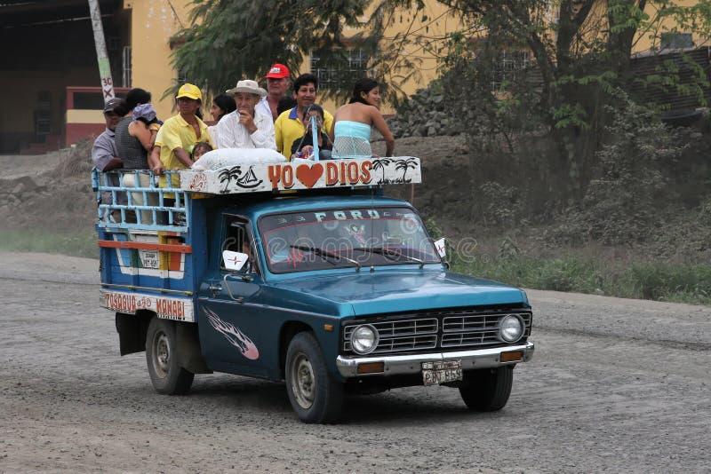 Transporte público del Ecuadorian fotografía de archivo