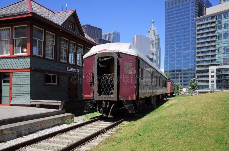 Transporte retro velho do passageiro. imagem de stock