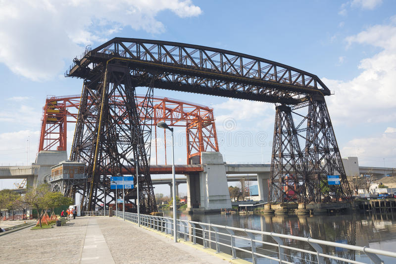 Transporter Przerzuca most los angeles Boca Buenos Aires obraz stock