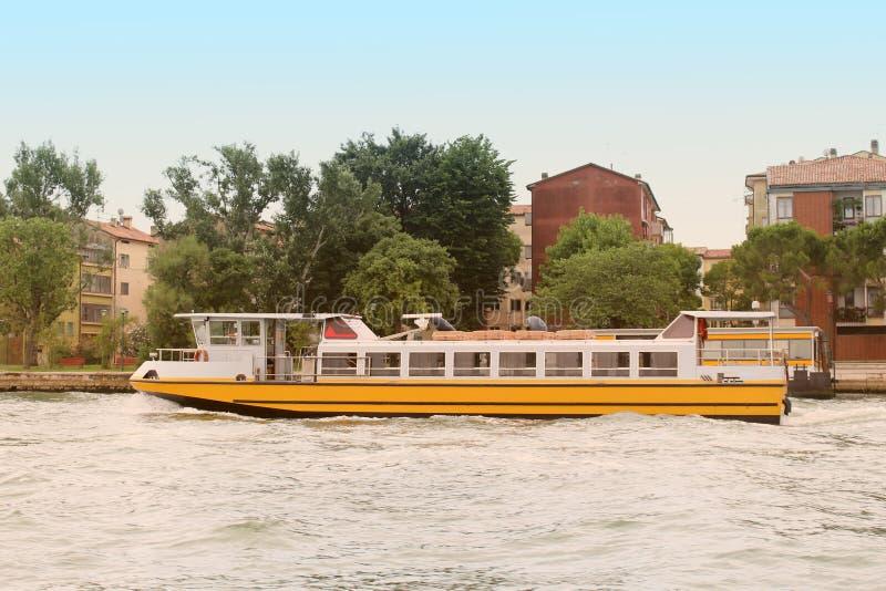 Transpotation dell'acqua di Venezia immagine stock libera da diritti