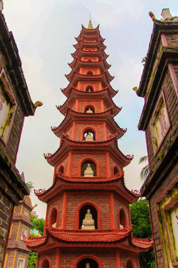 Tranu Quoc pagoda w Hanoi Wietnam obrazy royalty free
