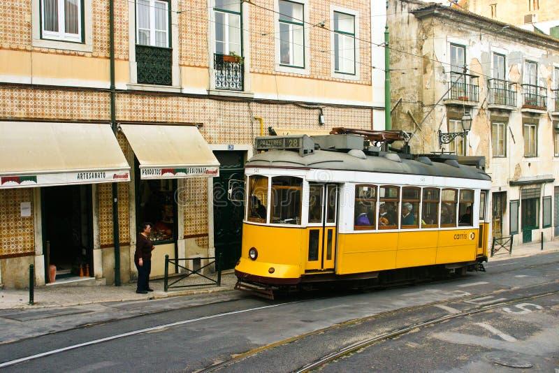 Tranvía 28, Lisboa imágenes de archivo libres de regalías