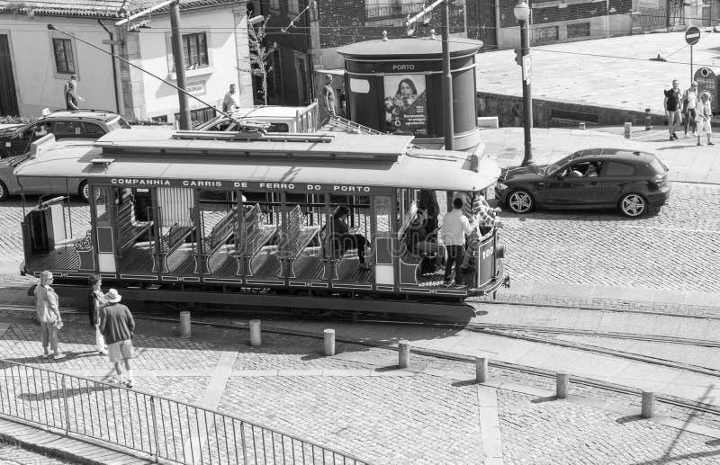 Tranvía de Oporto fotos de archivo