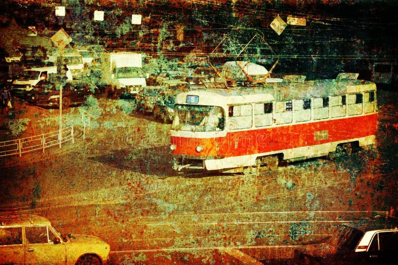 Tranvía vieja en la calle de la ciudad fotos de archivo libres de regalías