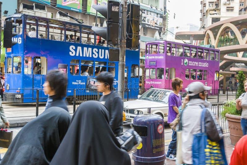 Tranvías dobles de la cubierta en Hong Kong imagenes de archivo