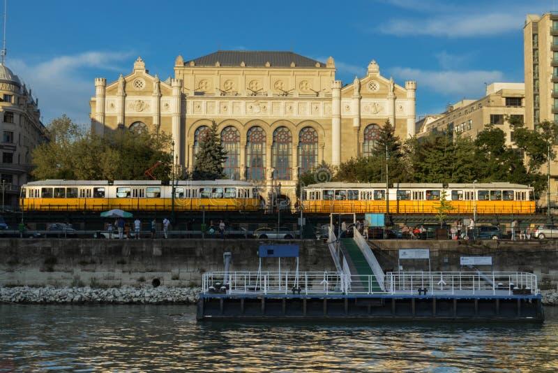 Tranvías en Budapest foto de archivo libre de regalías